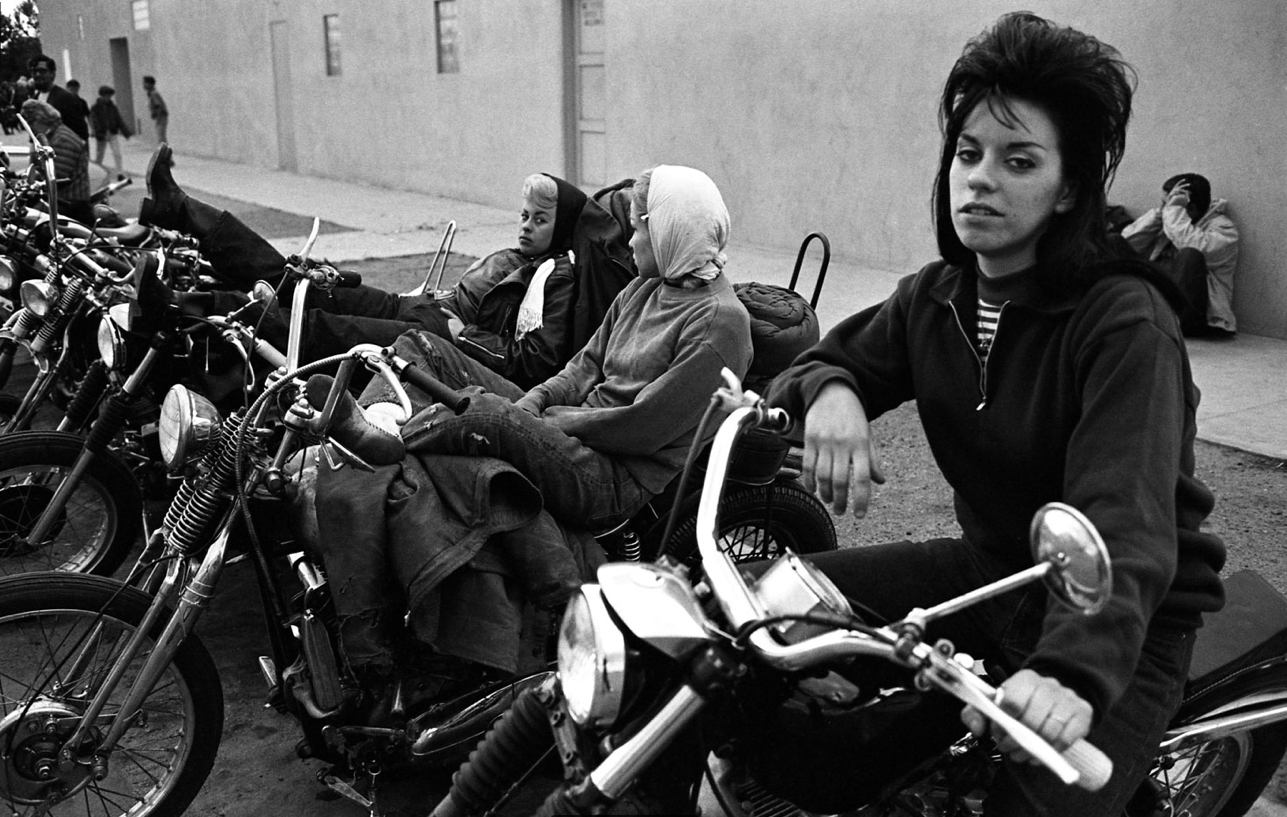 bill ray u2019s 1965 look at biker women