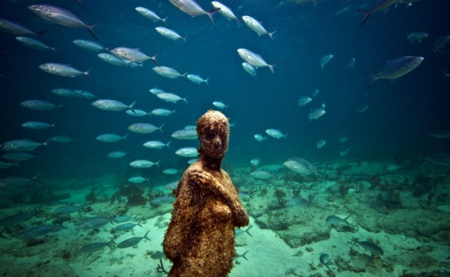 28-sculpture-modern-art-jason-decaires-taylor-sculpture