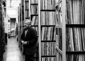 MEN OF RECORDS…THE WORLD'S MOST OBSESSIVE ALBUM COLLECTORS