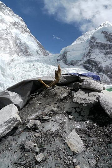 Frozen In Death…The Corpses Of Mt  Everest | CVLT Nation
