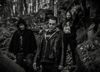 "CVLT Nation Premiere Streaming: CUREZUM ""One Hundred Years"" & ""The Top"""