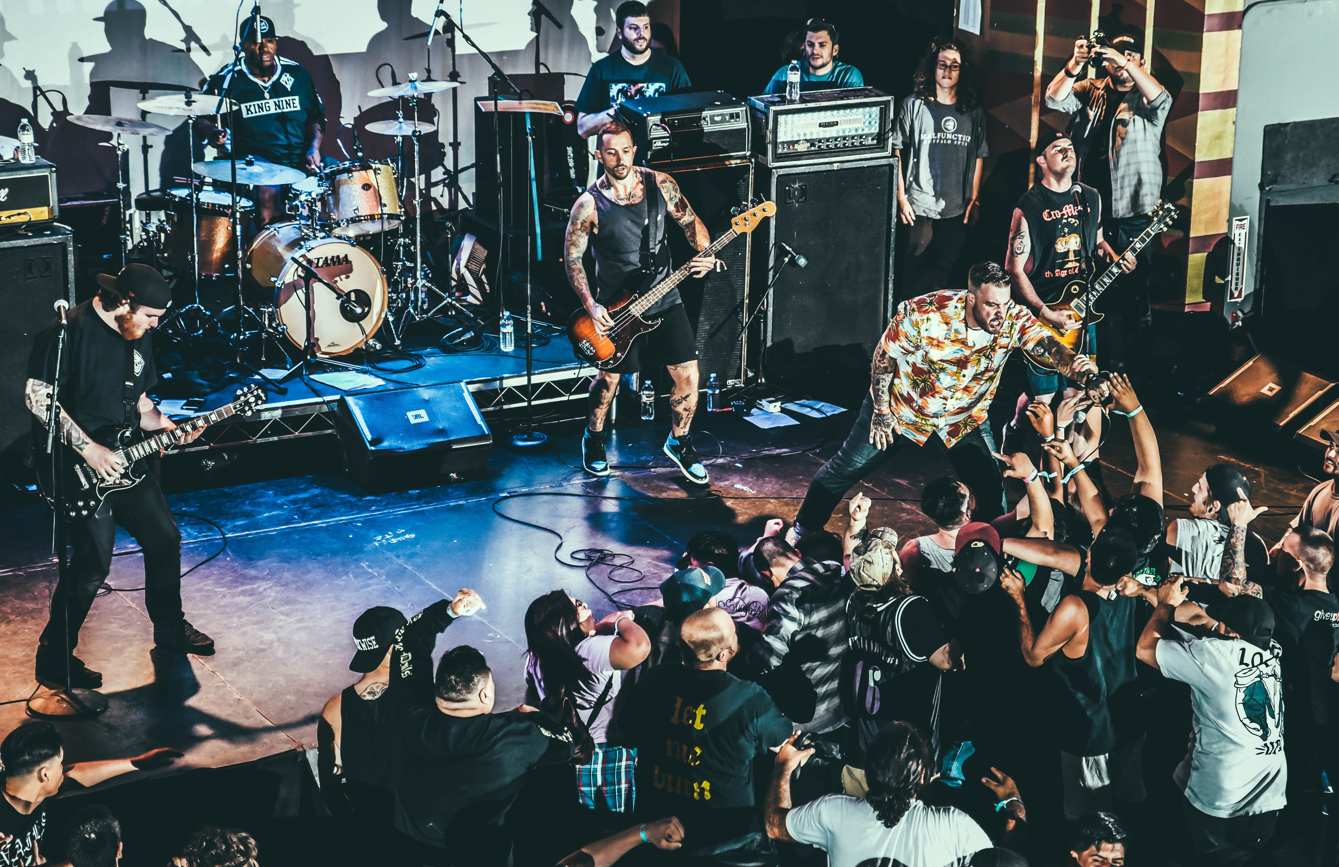 sound and fury the revival photo essay photo by joemar calixto bracewar photo by gabe becerra