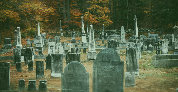 haunted-new-england-graveyard