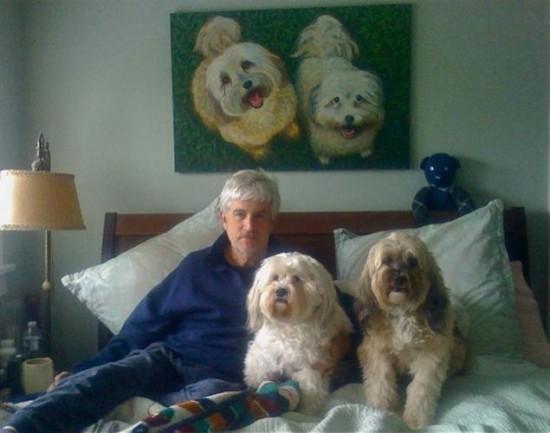 Weird-Odd-Family-Photos-Awkward-He-likes-dogs