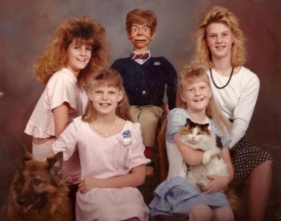 Weird-Odd-Family-Photos-Awkward-Woody