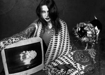 """New CHELSEA WOLFE Video<br/> """"Feral Love"""" Now Showing"""