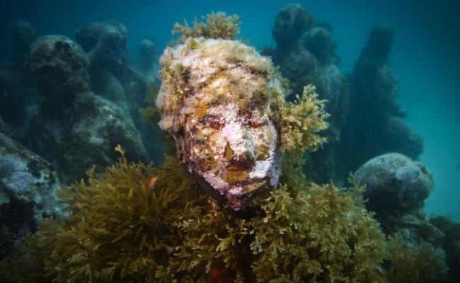 37-sculpture-modern-art-jason-decaires-taylor-sculpture