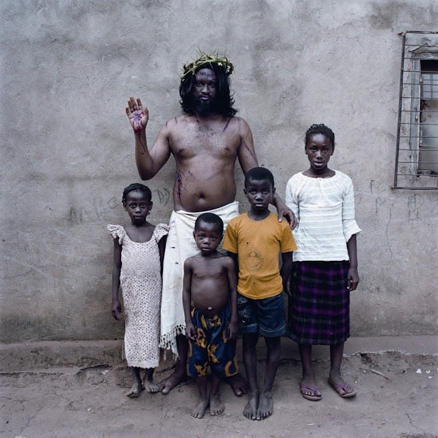 Pieter Hugo Nollywood-irritierende-Bilder-ueber-Afrika_bid_48257