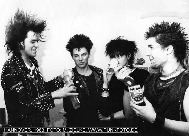 m_punk_photo_emzet_1983_883