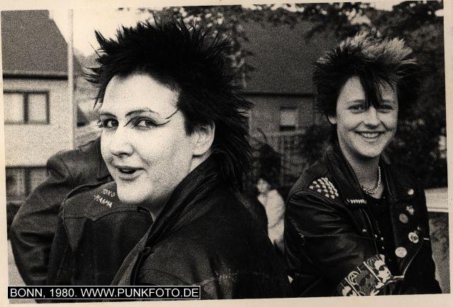 m_punk_photo_unknown_1980_12922