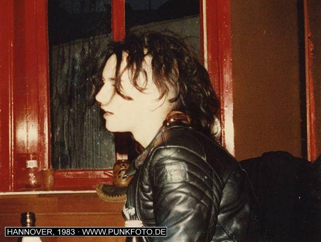 m_punk_photo_unknown_1983_871