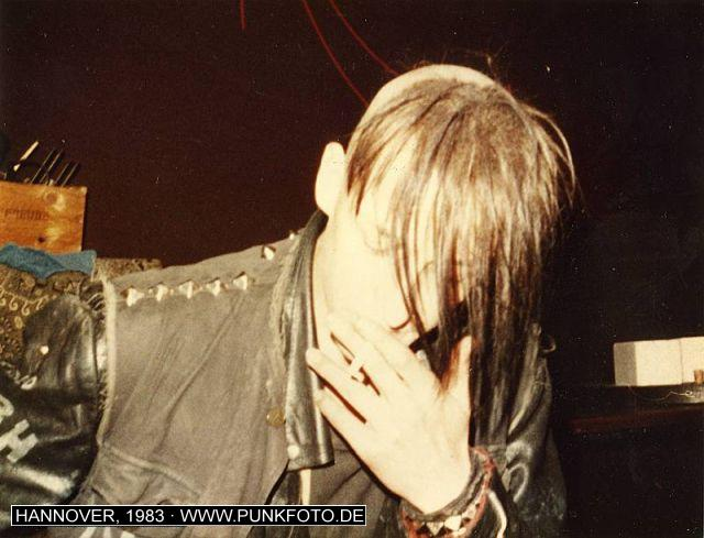 m_punk_photo_unknown_1983_880