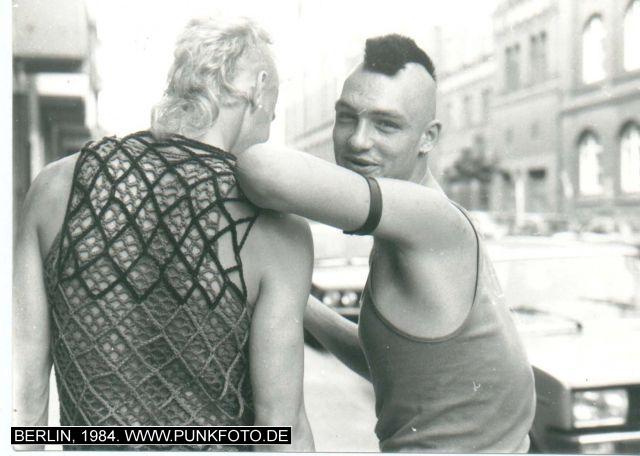 m_punk_photo_unknown_1984_17733