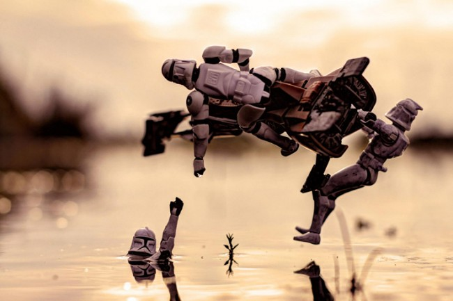 fstoppers-Zahir-Batin-star-wars-creative-toy-photography-h_0009_Layer-7
