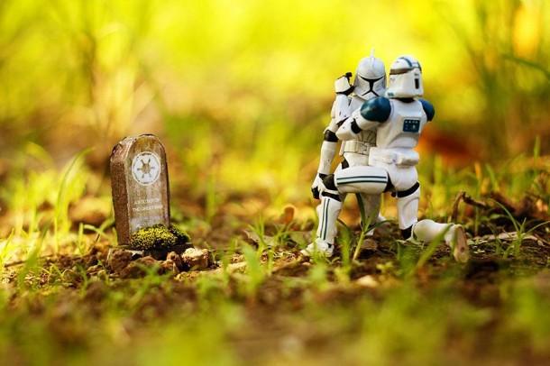 mini-star-wars-scenes-zahir-batin-4-610x406