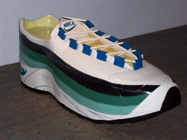 coffin shoe