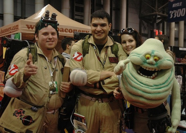 cosplay-ghostbusters-slimer-puppet-nycc2012
