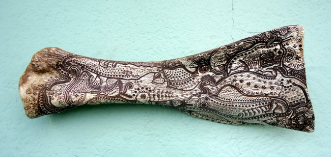 jason-borders-carved-bone-art