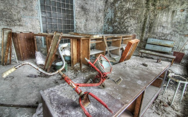 A bicycle frame inside the hallway of the abandoned Pripyat Hospital