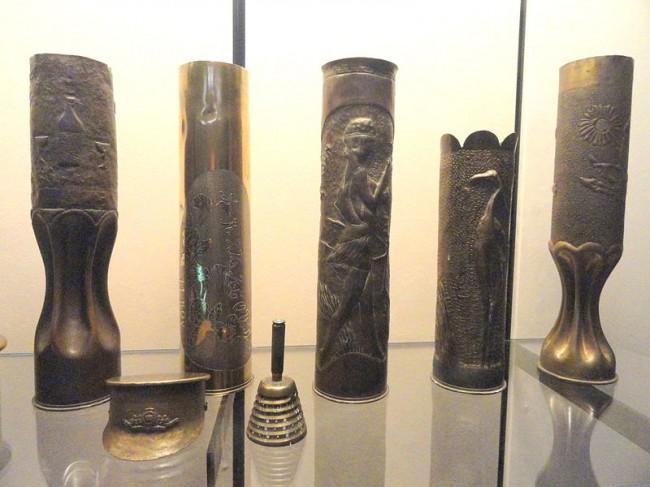 800px-Trench_art_-_National_World_War_I_Museum_-_Kansas_City,_MO_-_DSC07641