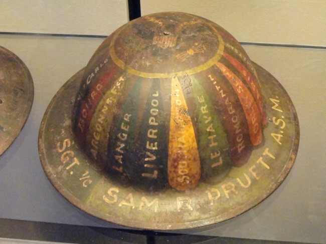Trench_art_-_National_World_War_I_Museum_-_Kansas_City,_MO_-_DSC07640