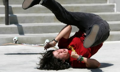 falling-off-a-skateboard
