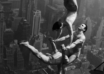 1250 Feet From Death… <br/>Acrobats on Skyscrapers