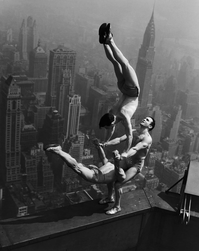 three-men-acrobats-NYC-skyscraper-construction-1930s