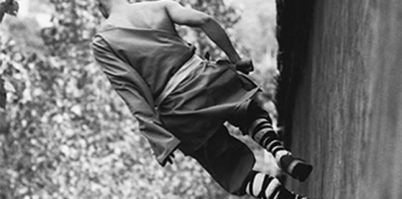 Tomasz Gudzowaty Captures <br/>Shaolin Monks As They Defy Gravity