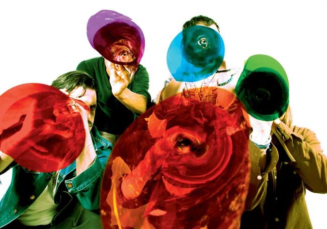 img-gang-gang-dance_111209422231