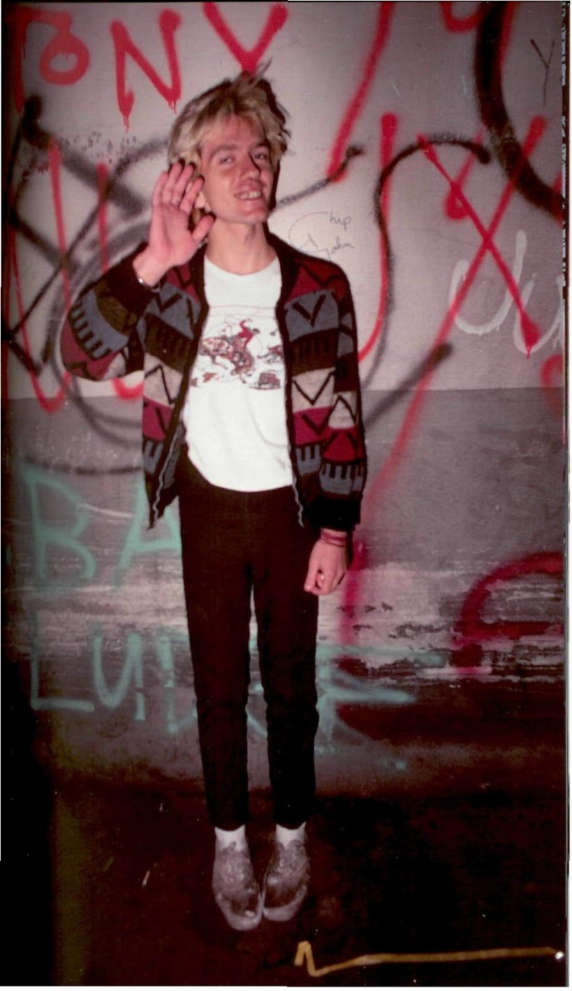 """essays on punk subculture This paper examines punk subcultures as a response to """"the condition of  postmodernity  dancing in spite of myself: essays on popular culture durham."""
