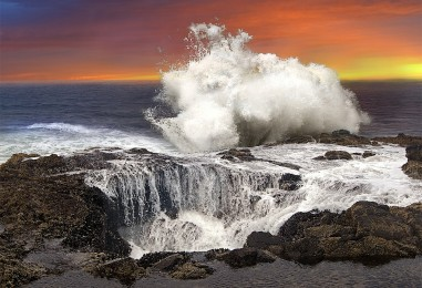 A Watery Grave… <br/>Thor's Well