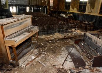 Urban Exploration: Tanner Douglass' Abandoned Buildings Photos