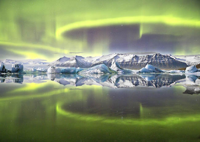 Aurora Reflected a Glacial Lagoon