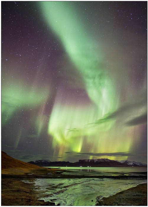 Aurora over Grundar no sym
