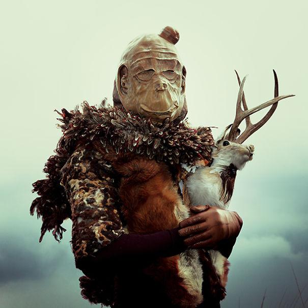 Wounderland-post-mortem-fairy-tales.10__605