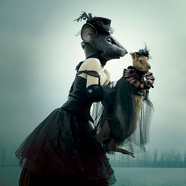 Wounderland-post-mortem-fairy-tales.3__605