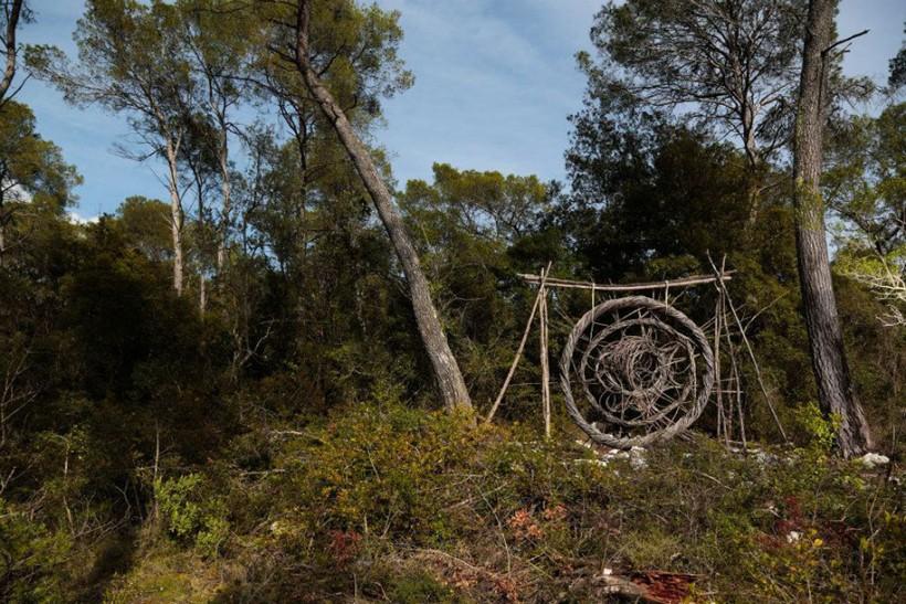 forest-land-art-nature-spencer-byles-13
