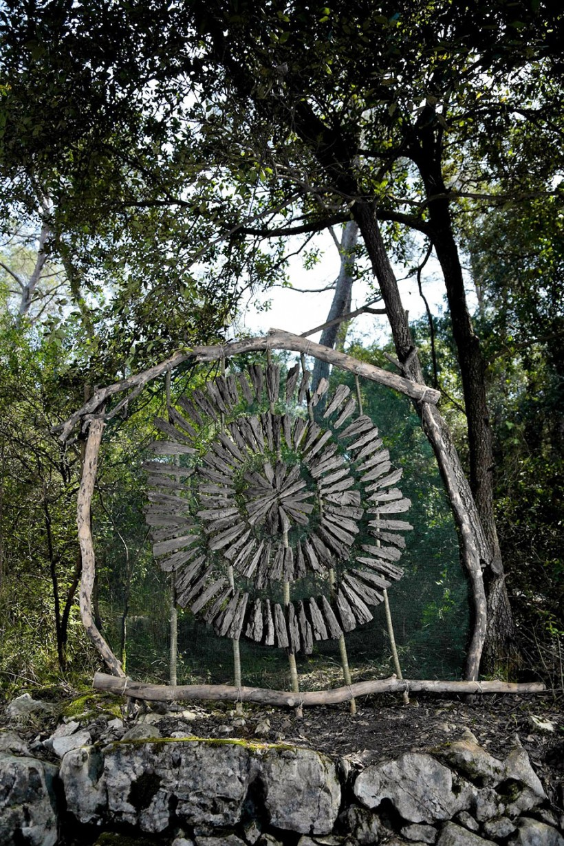 forest-land-art-nature-spencer-byles-20