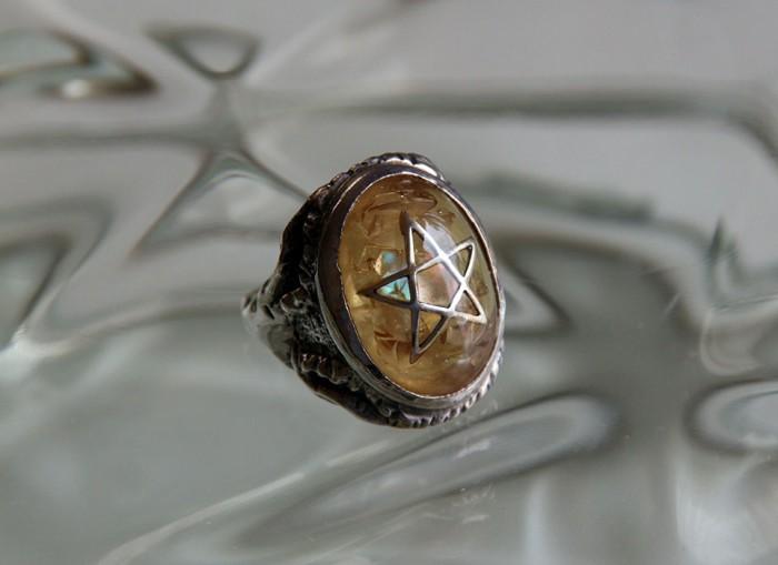 angel-heart-ring-crack1