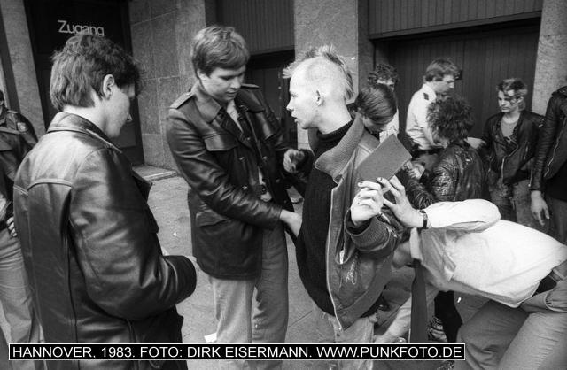 m_punk_photo_dirk-eisermann_1983_666
