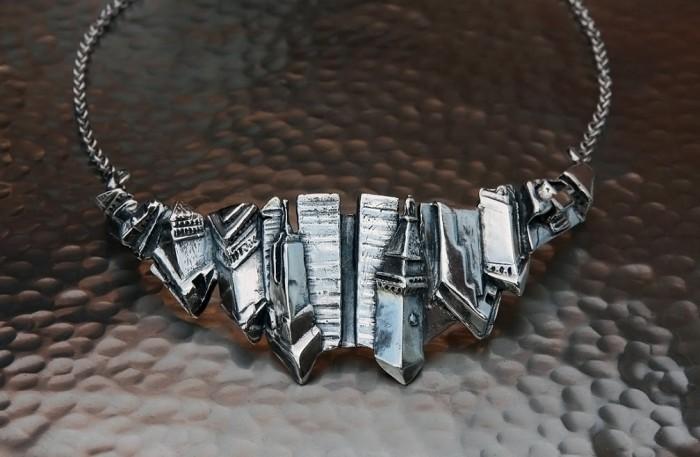 ny-skyline-necklace-alex-streeter