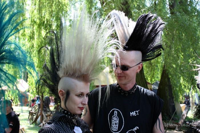 Wave-Gotik-Treffen-Photos-New-Wave-Goth