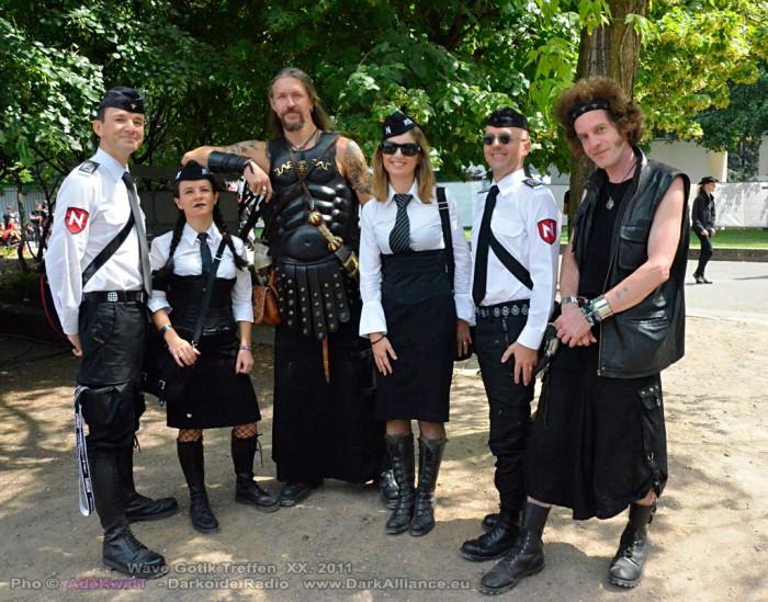 Wave-Gotik-Treffen-Photos-Soldiers