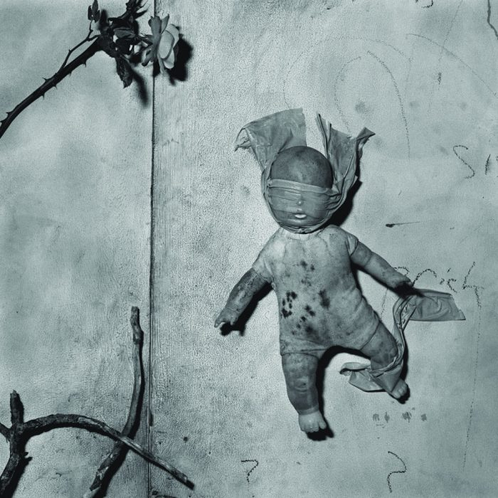 114-doll-wall
