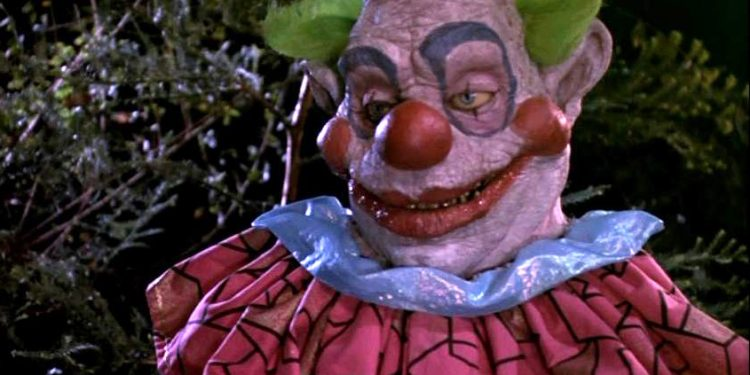968full-killer-klowns-from-outer-space-screenshot