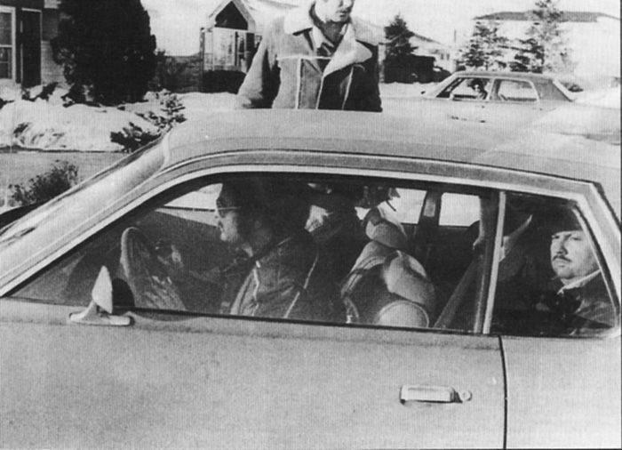 john-wayne-gacy-jr-crime-scenes-el-arresto-001-