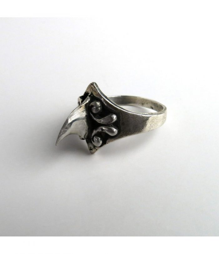Small Thorn Ring