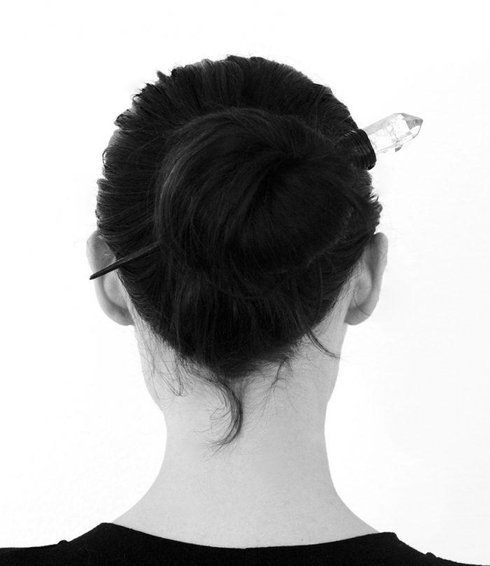 quartz_hairpin_b_w