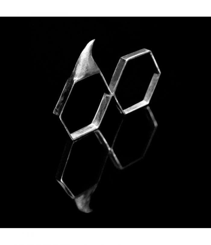 Thorn Hex Ring